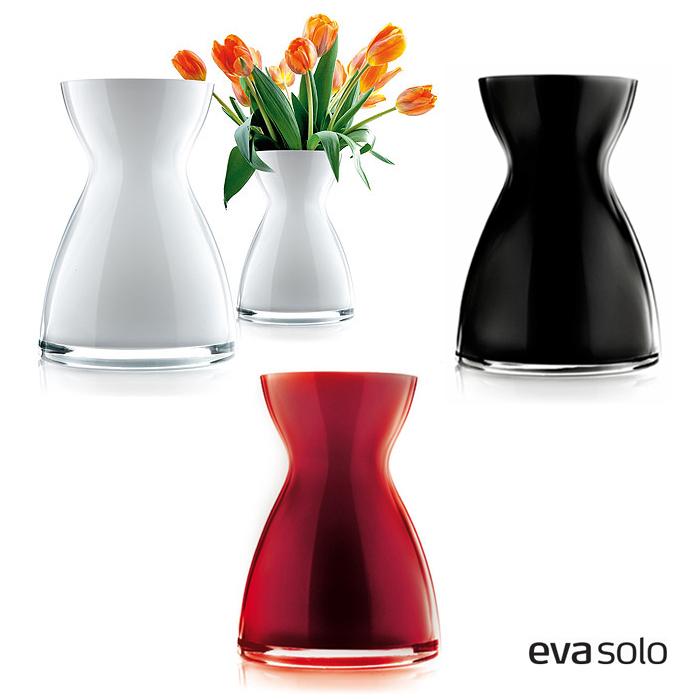 eva solo 39 florentine 39 vase opal glas schwarz innenweiss h he 20cm ausverkauft. Black Bedroom Furniture Sets. Home Design Ideas